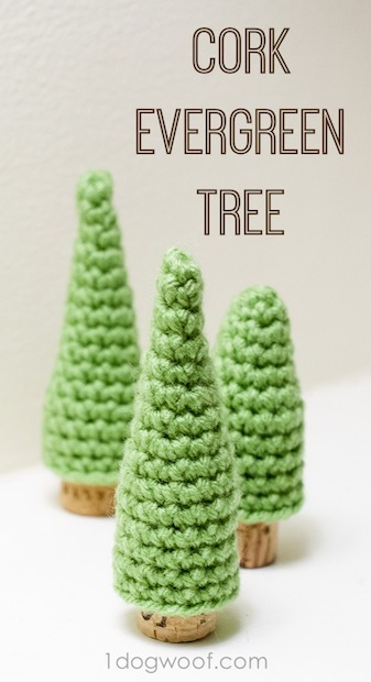 1dogwoof_croched_cork_pine_tree_01
