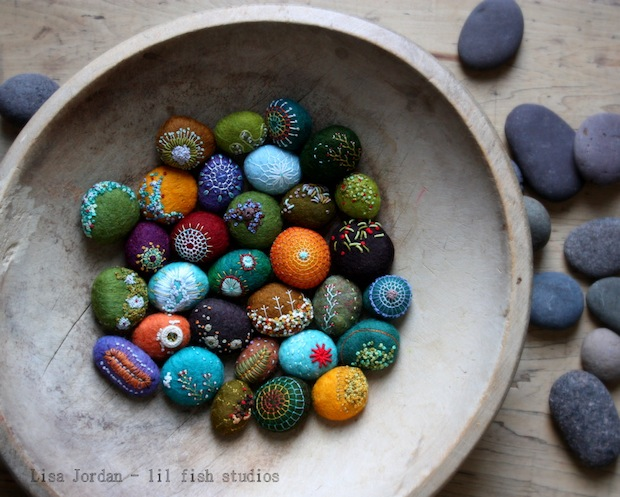 01_Art-o-mat_stones_stones_flickr_roundup