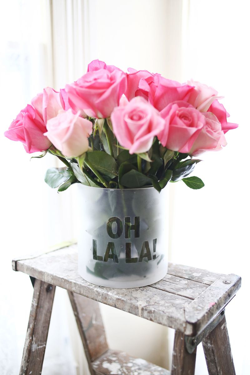 frosted-phrase-vase-1