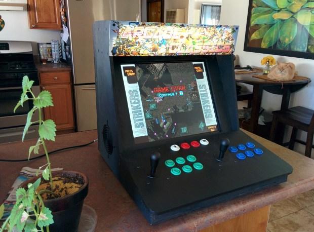 Bar top computer arcade