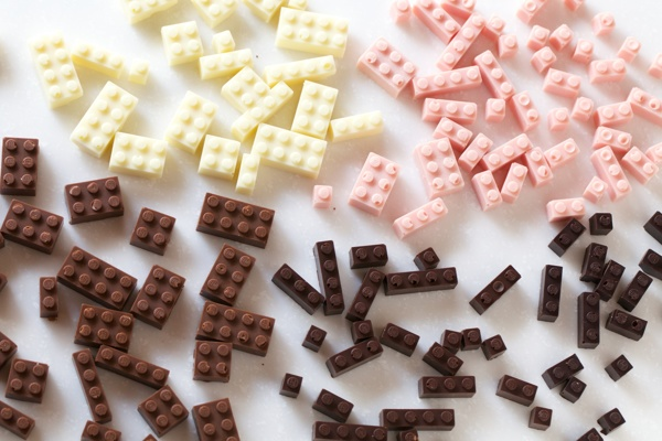 chocolate-legos-2
