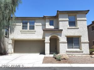 Large Gilbert home in Spectrum at Val Vista