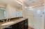 Dual Sinks & Granite Counters