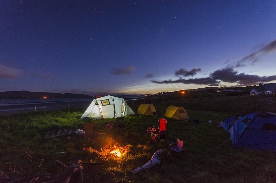 野外キャンプ場