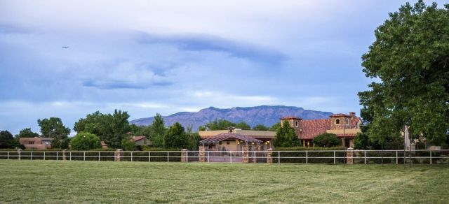 498 Applewood Road, Corrales, NM 87048