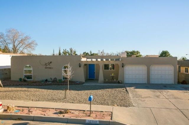 10318 Karen Avenue NE, Albuquerque, NM 87111
