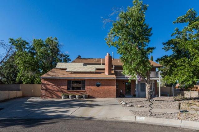 6105 Flor De Rio NW, Albuquerque, NM 87120