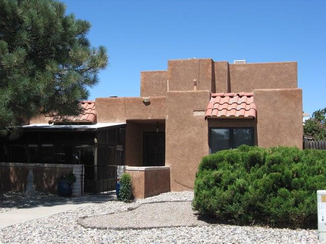 8907 Chambers Place NE, Albuquerque, NM 87111