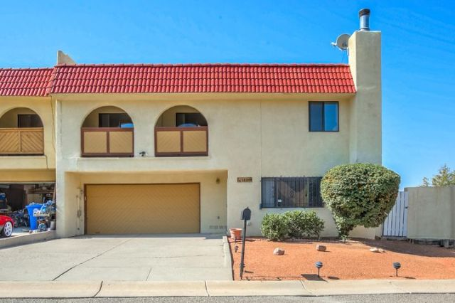 12208 Eric Court NE, Albuquerque, NM 87112