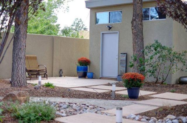 4008 Smith Avenue SE, Albuquerque, NM 87108