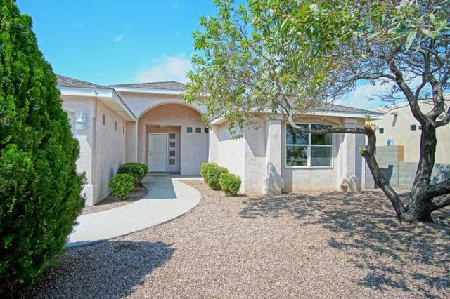 6409 Whiteman Drive NW, Albuquerque, NM 87120