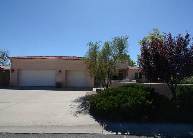 4904 El Picador Court SE, Rio Rancho, NM 87124