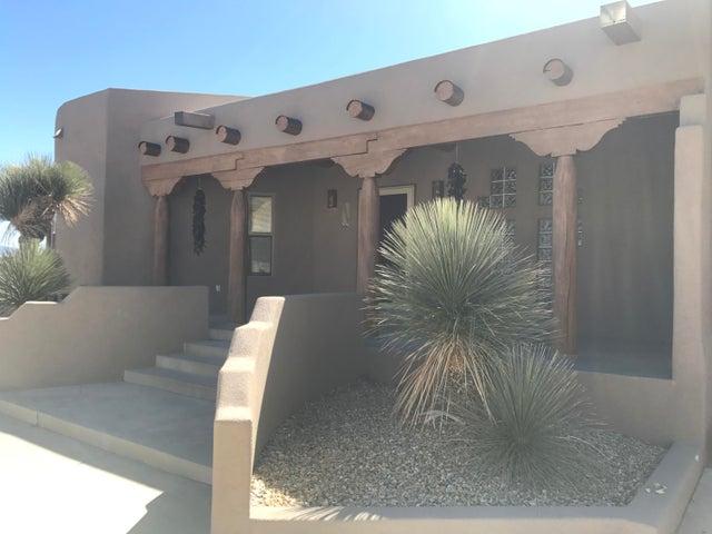 5008 Cascade Place NW, Albuquerque, NM 87105