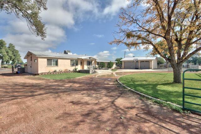 1430 Caballo Lane, Bosque Farms, NM 87068