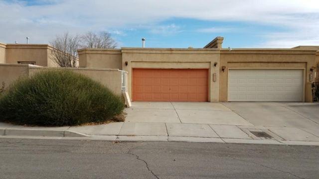 5812 Academy Court NE, Albuquerque, NM 87109