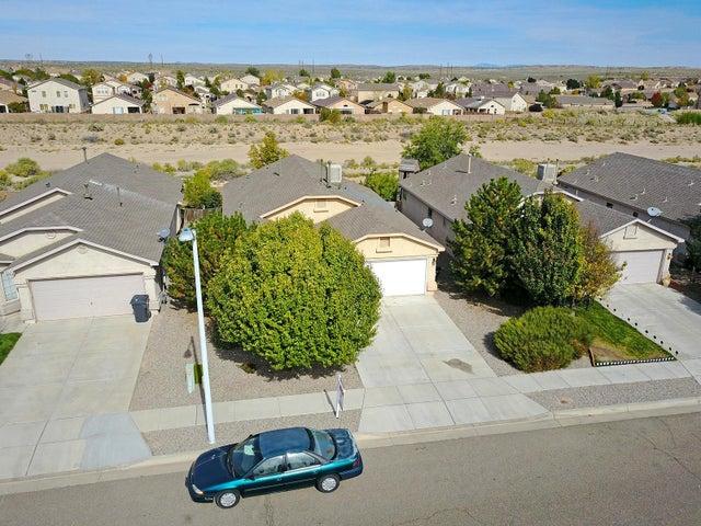 741 Valley Meadows Drive NE, Rio Rancho, NM 87144