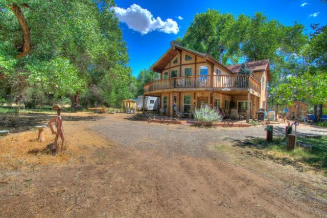 560 B Andrews Lane, Corrales, NM 87048