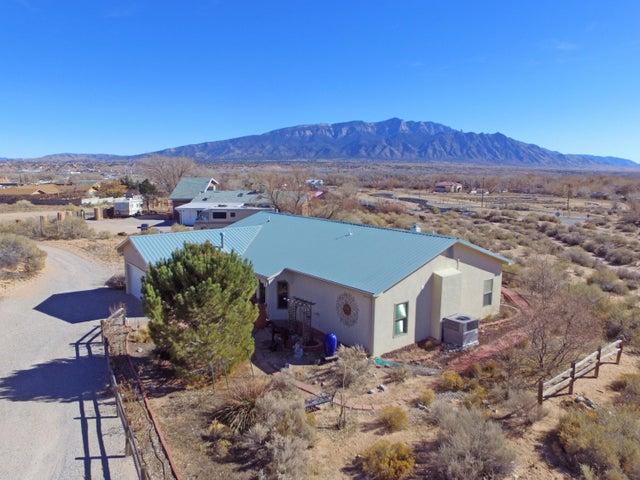 943 Nazcon Place, Bernalillo, NM 87004