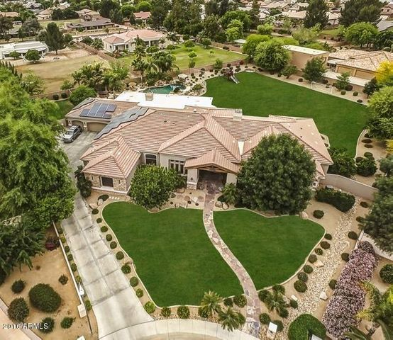 AERIAL OVERVIEW * CUL DESAC LOT
