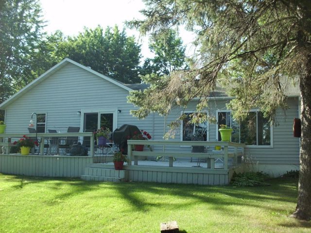 700 S SHORE Dr., Detroit Lakes, MN 56501