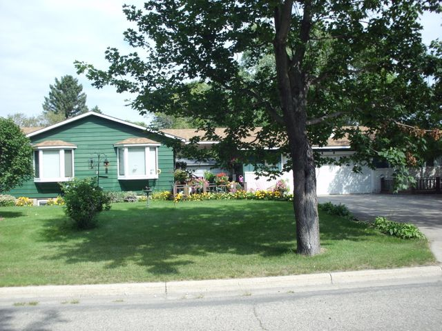 301 SUNSET Ave., Detroit Lakes, MN 56501
