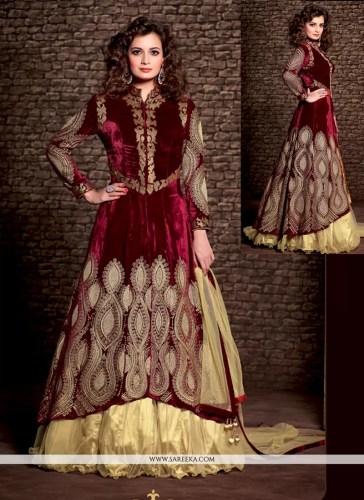 diya mirza maroon velvet wedding lehenga choli wedding lehenga Diya Mirza Maroon Velvet Wedding Lehenga Choli