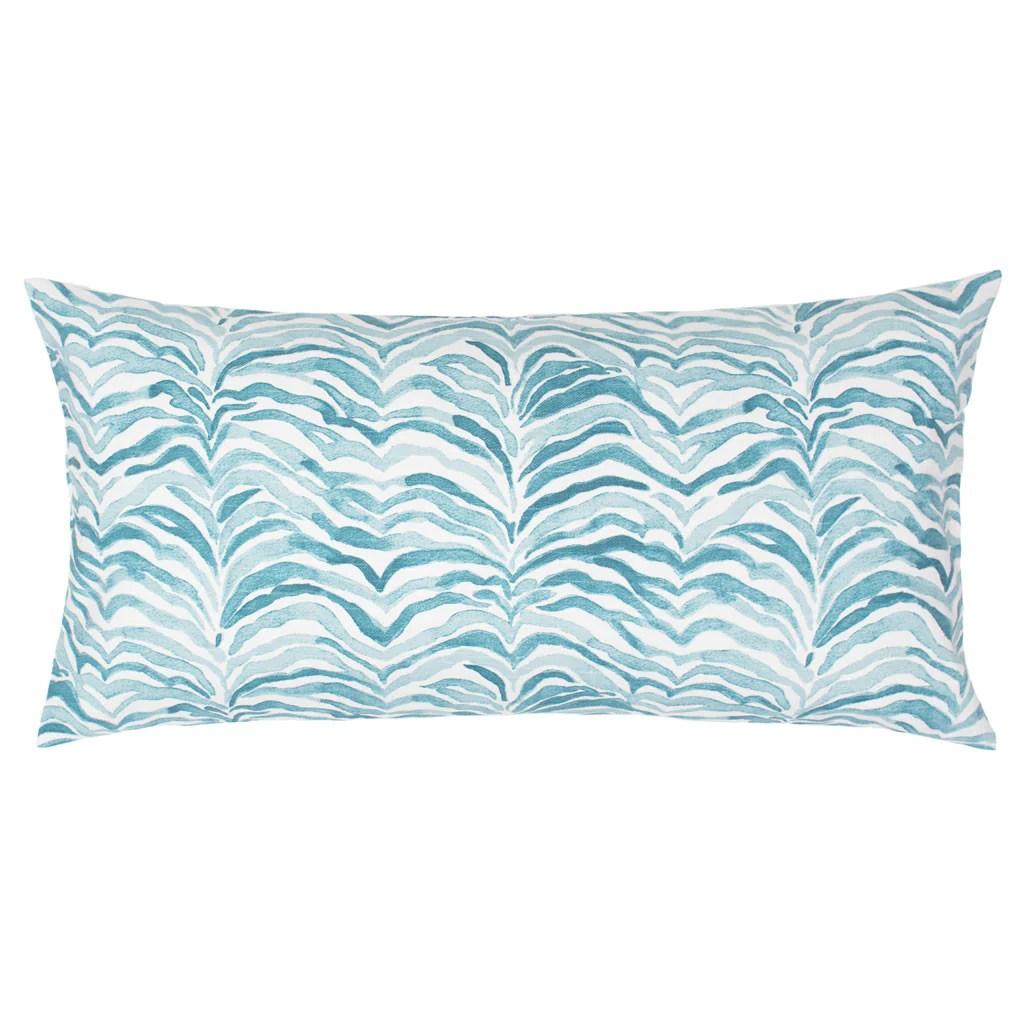 Cozy Bedroom Inspiration Bedding Decor Waves Throw Pillows Canopy Waves Throw Pillow Crane Canopy Throw Pillows Australia Floral Throw Pillows houzz 01 Teal Throw Pillows