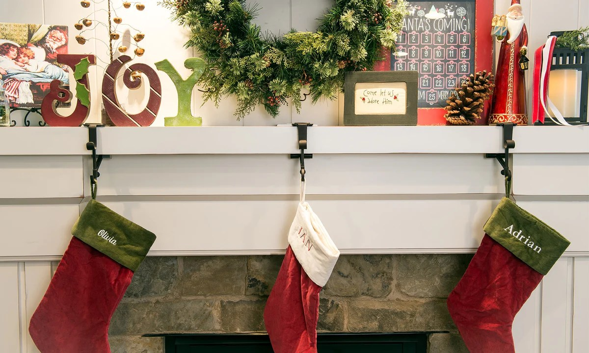 Fullsize Of Stocking Holders For Mantle