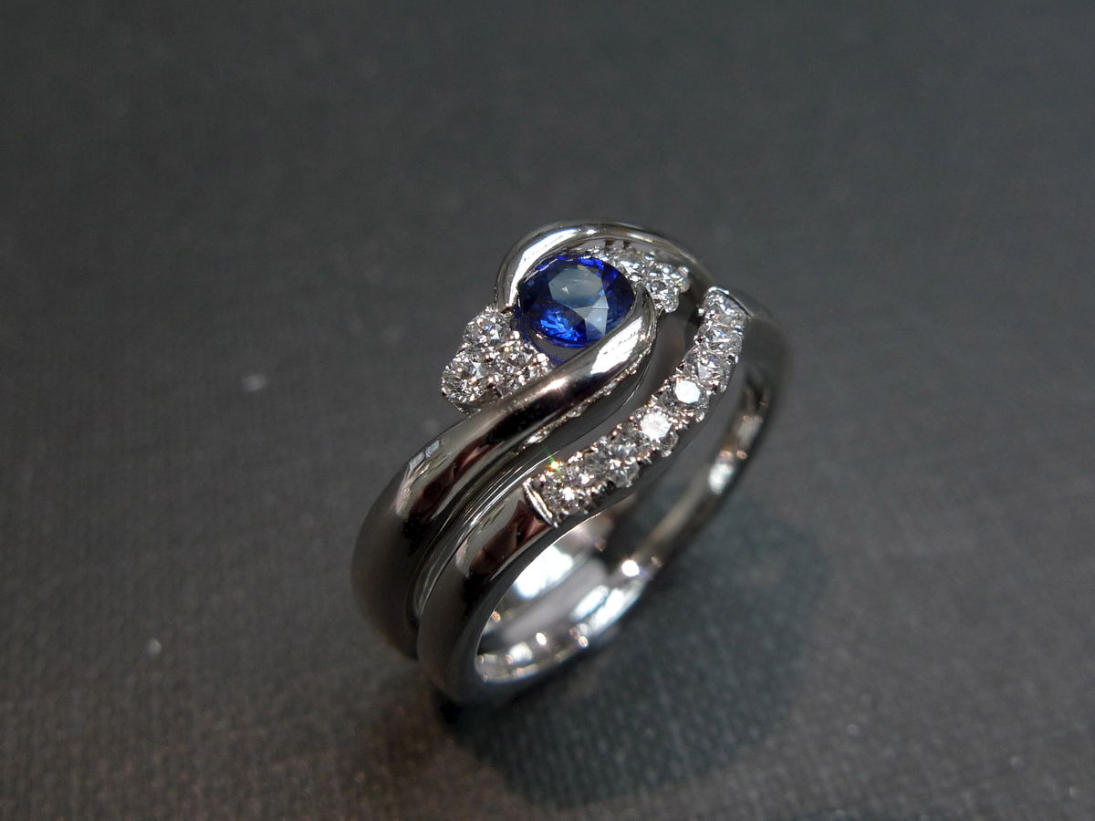 set of two diamond blue sapphire engagement ring and diamond wedding band sapphire wedding bands Set of TWO Diamond Blue Sapphire Engagement Ring and Diamond Wedding Band