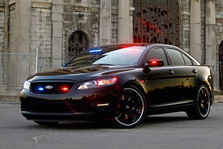 ford taurus police car 38409 1920x1200