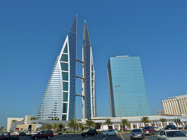 Manama towers | © Jan Michael Pfeiffer/Flickr