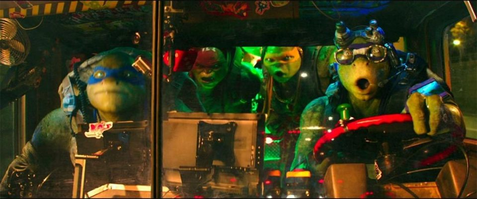 Teenage Mutant Ninja Turtles: Out of the Shadows Theatrical Trailer Screencap