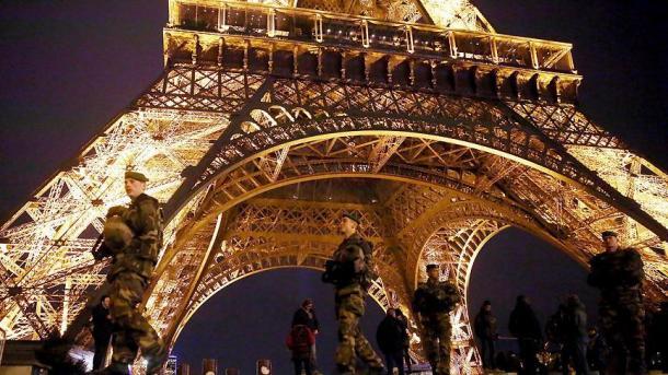 Подозреваемые вподготовке нападения вПариже связаны сисламистами— обвинитель Франции