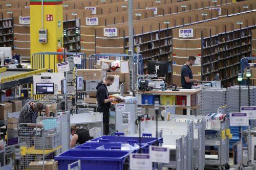 Medium Of Warehouse Deals Inc