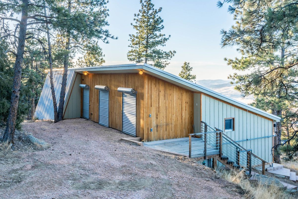 Peculiar Alaska Sale Sale Tennessee Off Grid Homes Andrew Michler Via Baosol Passive House Runs Entirely On Solar Colorado Curbed Off Grid Homes curbed Off Grid Homes For Sale