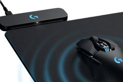 Brilliant It Takes A Lot To Surprise Me Se But Logitech Has Done Pcgear Company Has Just Revealed A New Powerplay Technology That Buildswireless Latest Mouse Mat Is A Giant Wireless Charging Pad Verge