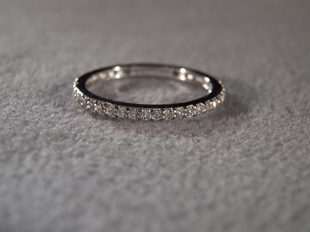 Vintage Sterling Silver Multi Round Cubic eternity wedding band Vintage Sterling Silver Multi Round Cubic Zirconia Fancy Eternity Wedding Band Ring 7