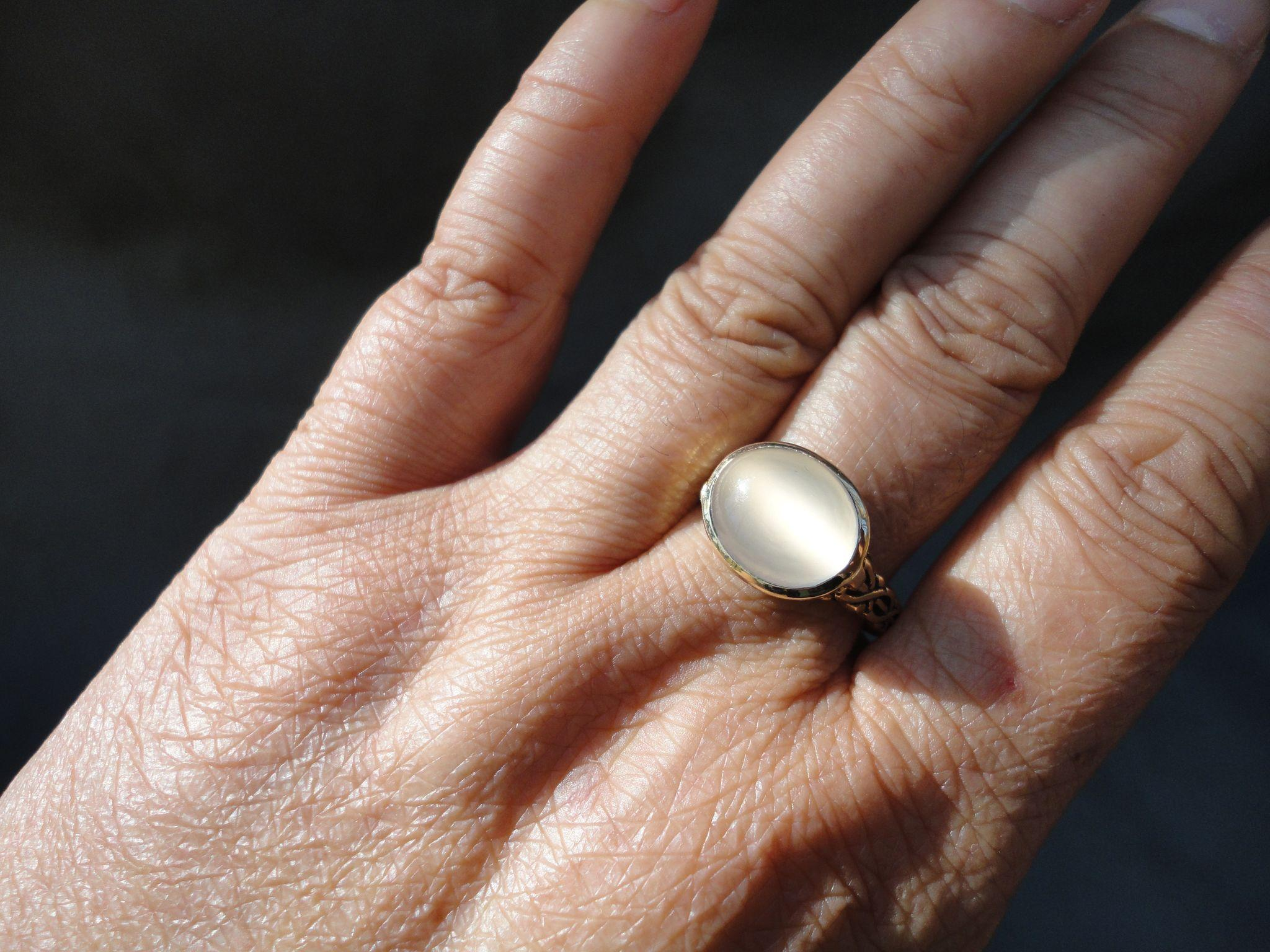 Designer 14k Yellow Gold 4 ct hinged wedding ring Roll over Large image to magnify click Large image to zoom