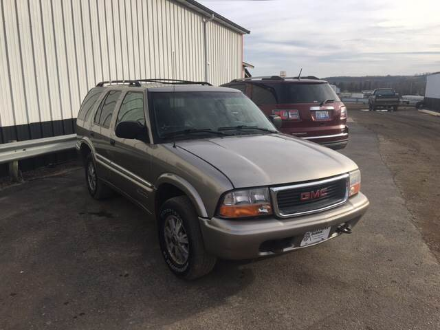 2000 Gmc Jimmy 4dr SLT 4WD SUV In Valley City ND   TRUCK   AUTO SALVAGE 2000 GMC Jimmy 4dr SLT 4WD SUV   Valley City ND