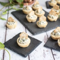 Quick Mini Spinach Dip Tartlets