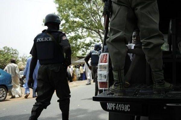 police-van4