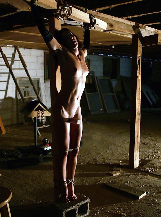 Male bdsm crucifixion