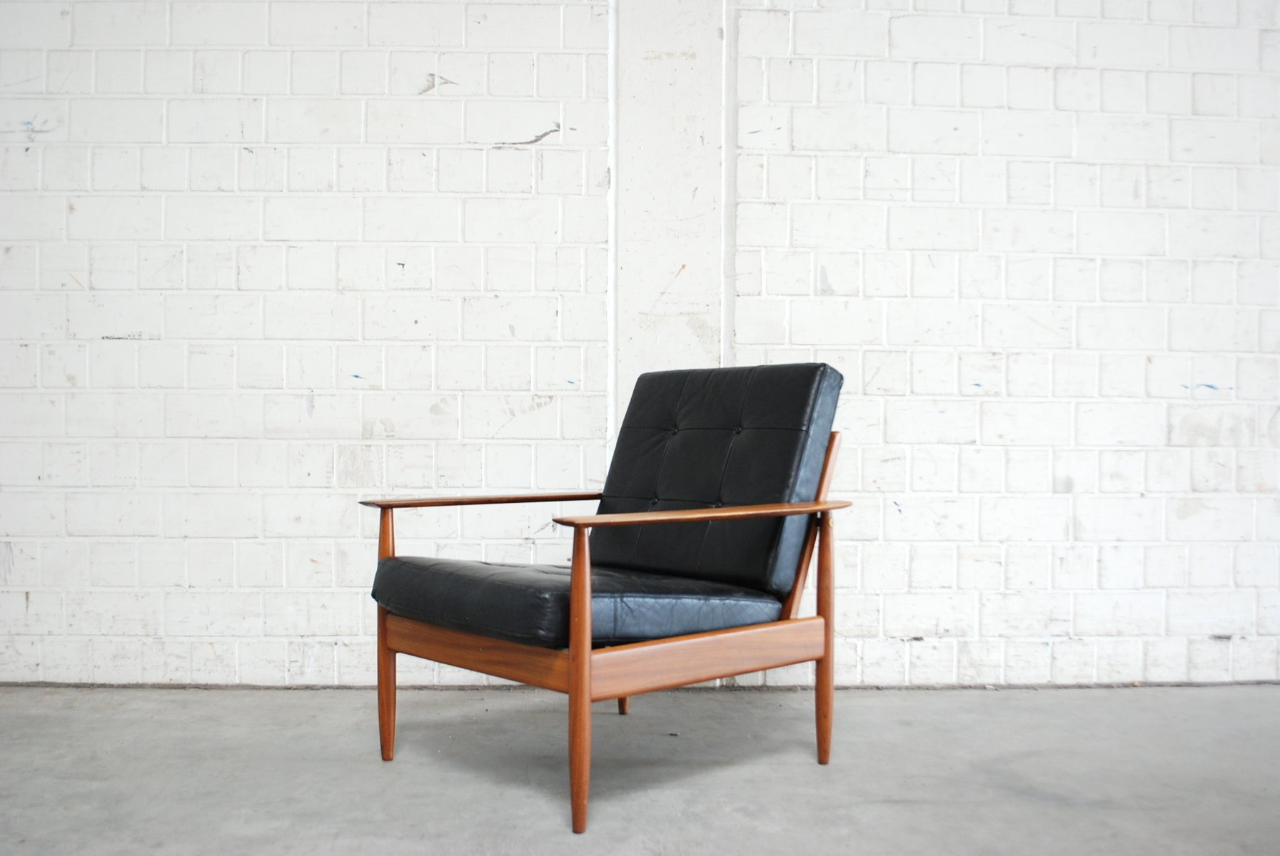 Impressive Sale At Pamono Mid Century Easy Chair Easy Chair Price Per Piece Danish Lear Easy furniture Modern Easy Chair