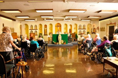 large senior living in tucson church services ?1379630809
