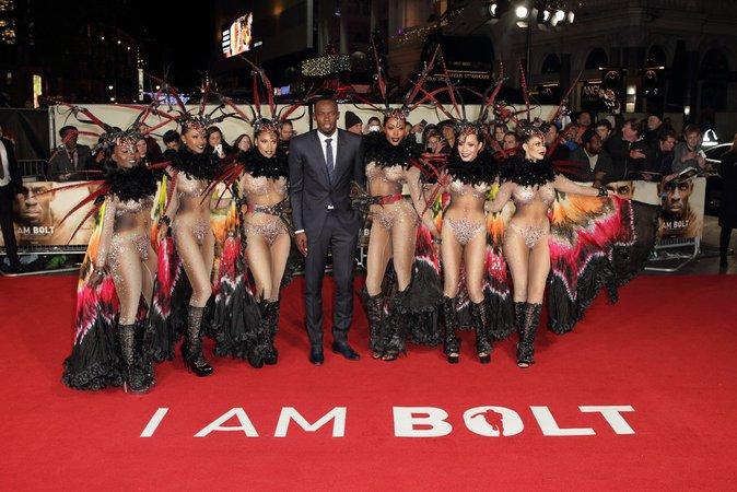 Le champion du sprint, Usain Bolt était bien entourée à l'occasion de cette première le 28/11/16