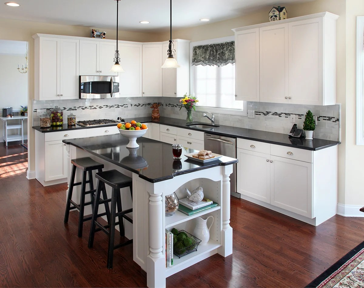 what countertop looks best with white cabinets kitchen cabinet countertop