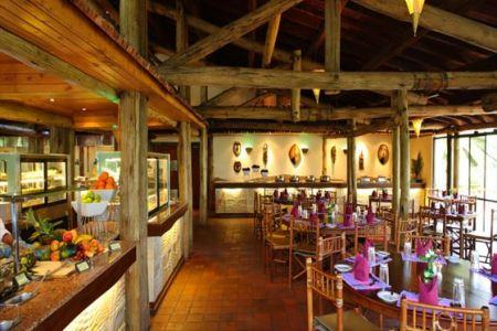 flamingo restaurant at sarova lion hill lodge