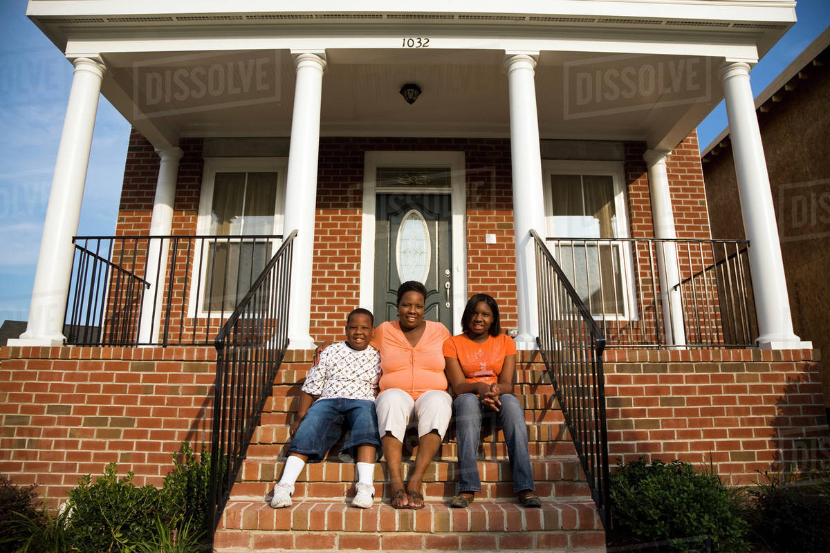 Divine Son Sitting On Front Stoop African Daughter Son Sitting On Front Stoop House African Daughter House Mor Daughter House Plans Mor Daughter Houses Nj houzz-02 Mother Daughter House