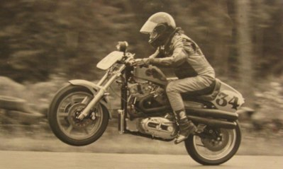 Steve racing his Harley-Davidson XR1000 in the Battle of the Twins class st Westwood 1984/85.