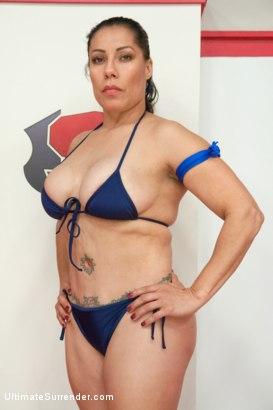 izamar gutierrez wrestling academy
